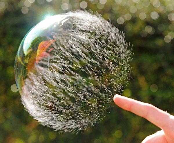 Le retour de l'exubérance des marchés actions selon Janet YELLEN. 2017, début d'une bulle pour les actions ?